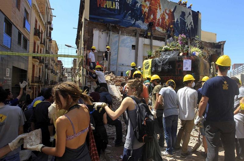 ACTIVISTAS INCÍAN TRABAJOS DE RECONSTRUCIÓN